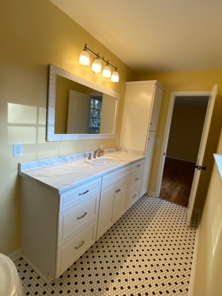 Bath tile in Bathroom 2